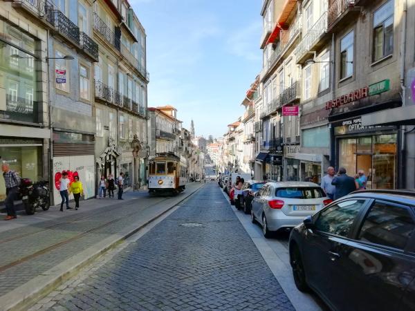Portos Innenstadt historische Bahn