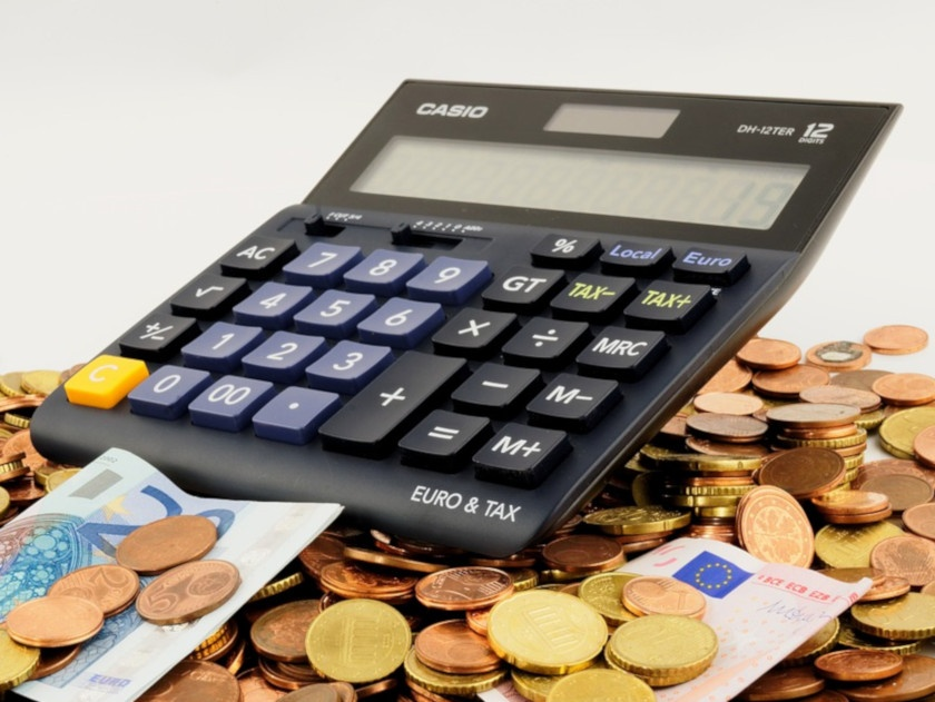 Finanzplan Taschenrechner Münzen Nordlicht Familie