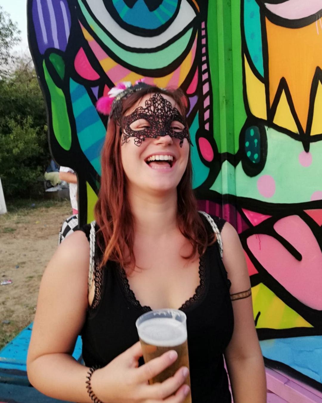 Jenny-Vogelball-Maske