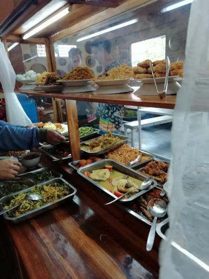 Bali-Canggu-Warung-Buffet
